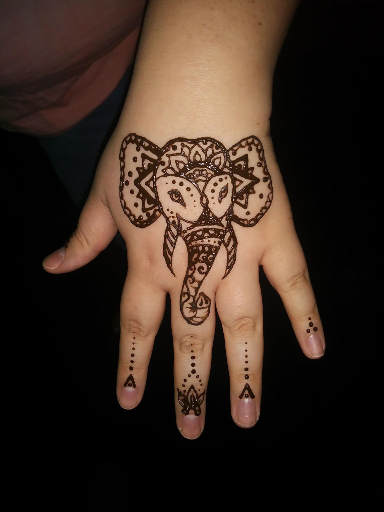 henna tattoo for your next event fuentes fantabulous fun
